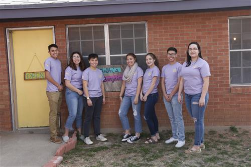 Burges Student-led Thrift Shop Celebrates Anniversary