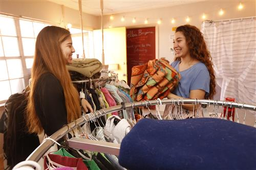 Video+Story: Burges Twins Open Thrift Store for Low-Income Students