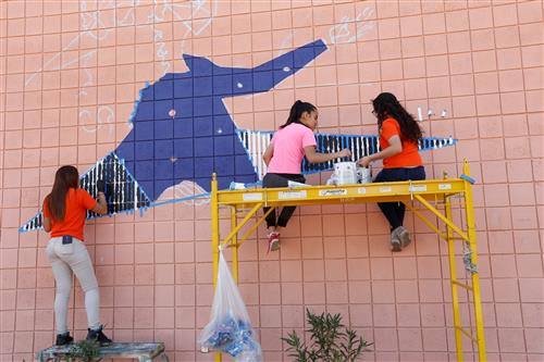 From Pawns to Paint Brushes: Henderson Chess Club Helps Paint a Mural