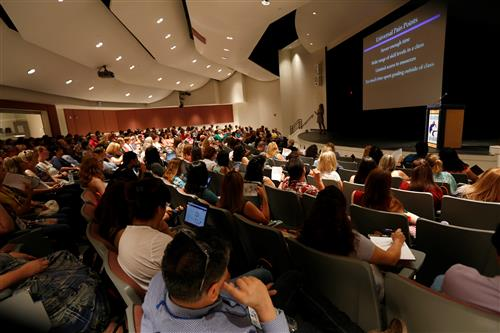 EPISD Blended Learning Conference draws Hundreds of Teachers