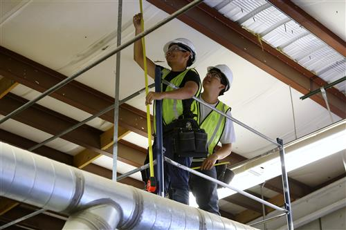 Video+Story: EPISD Electrical Skills Students put Lessons to Use During the Summer