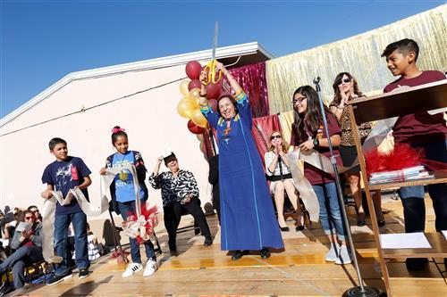 Video+Story: Rosa Guerrero Elementary Celebrates 25th Anniversary