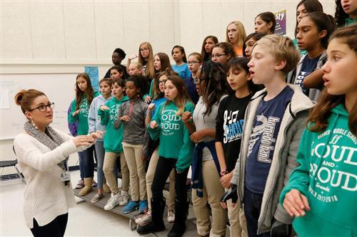 Hornedo Middle School Choir Seeking Help to Get to Carnegie Hall