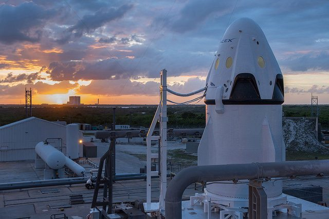SpaceX to fly Two Private Citizens Around Moon in 2018