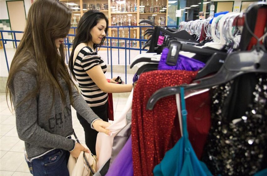 Montwood High Student Council seeks Donations of Gently Used Dresses for Operation Prom