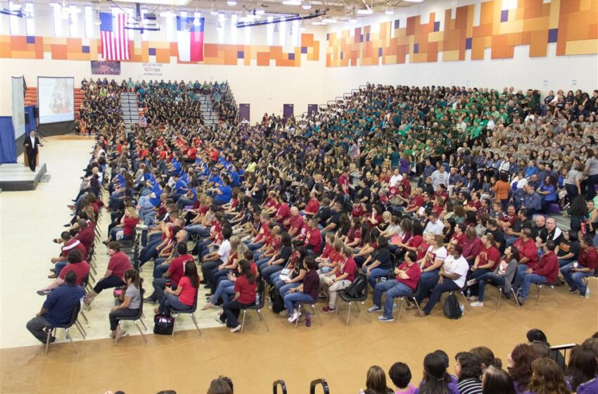 Socorro ISD Teachers Prepare for Successful new School Year