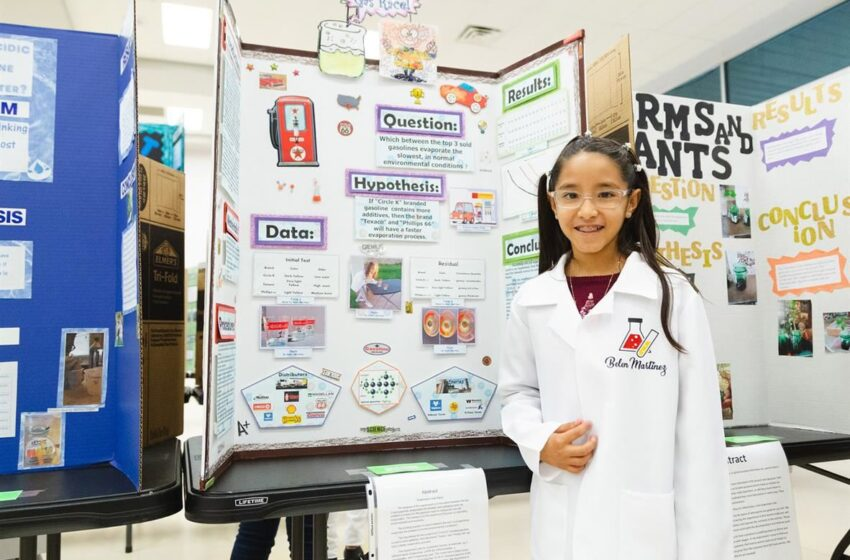 Socorro ISD Science Fairs Sharpens Research, Presentation Skills for Students