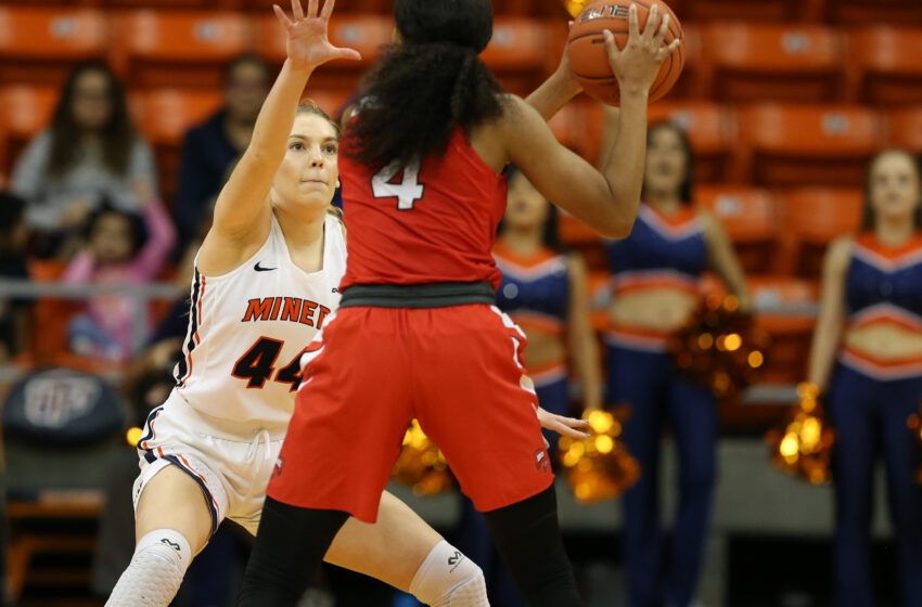 UTEP Flattens FAU On The Road 70-44