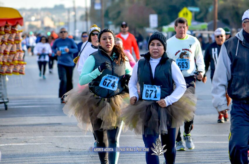 Story in Many Pics: 2016 Turkey Trot / Sun Bowl Parade News Conference