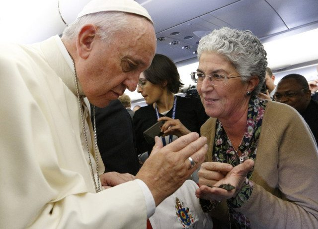 En Route to Africa, Pope Francis confirms visit to Juarez in February