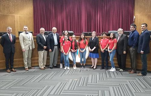 Sageland Students Win BizKids Entrepreneurship Contest; YSID Board Honors Team