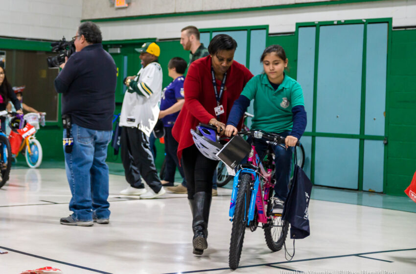 Story in Many Pics: East Point Students Get Bikes Donated by Aaron and Alvin Jones