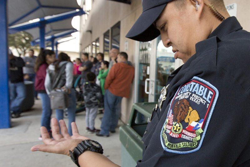 Recent Raids Drive Immigrant Families to Passport Scramble