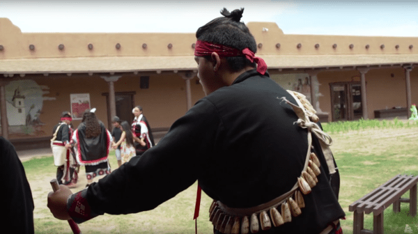Video: Mud People: The Tigua Tribe from the Pueblo of Ysleta del Sur |Only in El Paso by KCOS