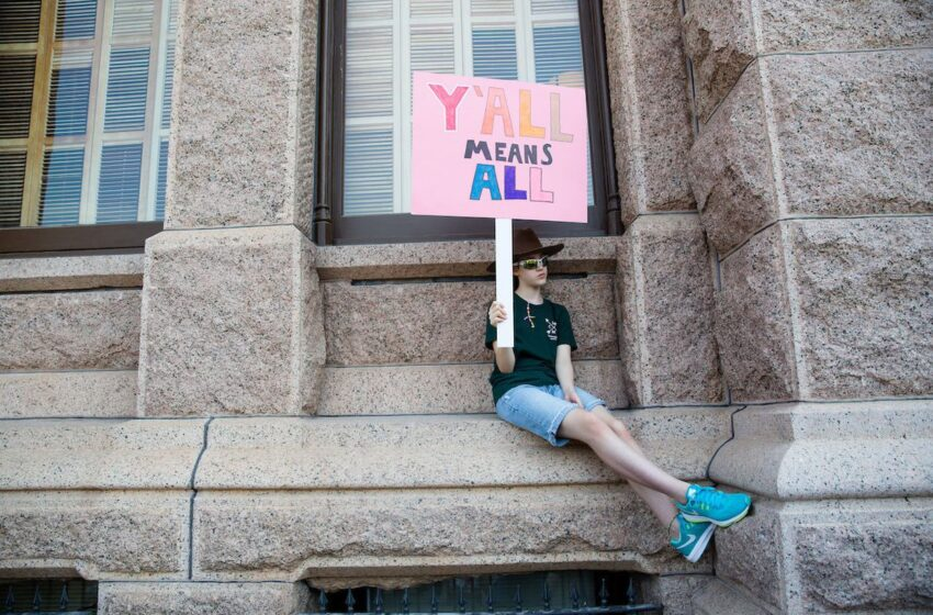 After Months of Controversy, Texas Bathroom Bill Dies Quietly