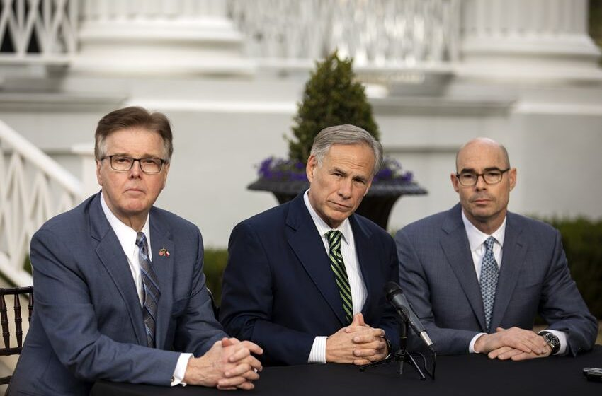 Greg Abbott, Dan Patrick, Dennis Bonnen Promise Unity in 2019 Legislative Session