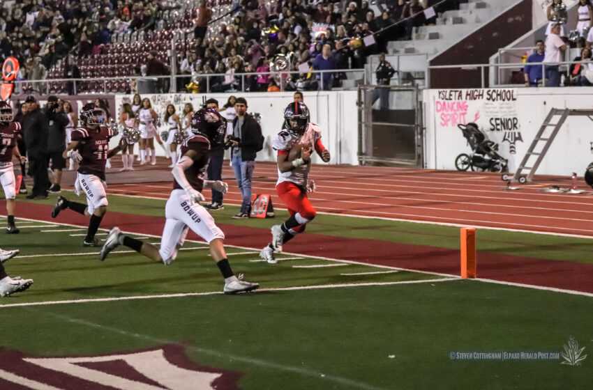 Story in Many Pics: Hanks Downs Ysleta 44-20