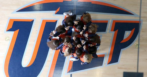 UTEP Volleyball Takes Down Western New Mexico in Exhibition