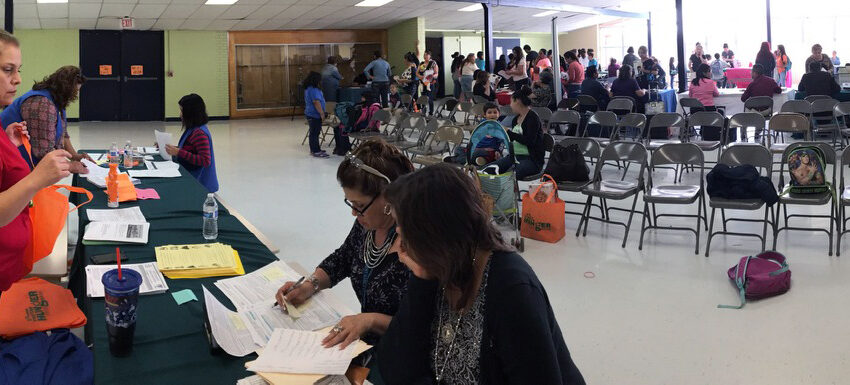 Canutillo ISD and El Pasoans Fighting Hunger Feed 300 Families