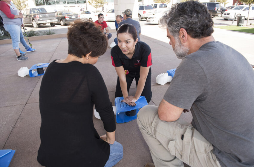 TTUHSC El Paso Students Offer Free CPR Training