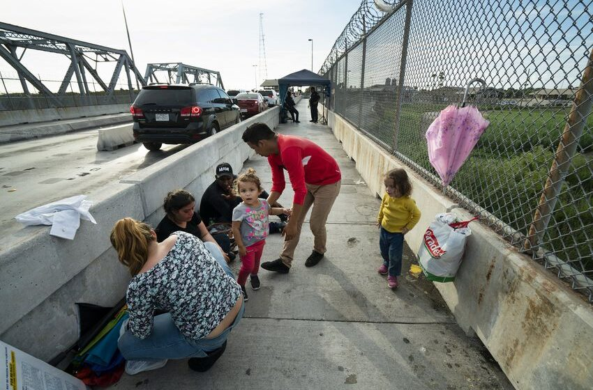 Trump Administration: Deal Reached to Force Asylum Seekers to Wait in Mexico as Cases Processed