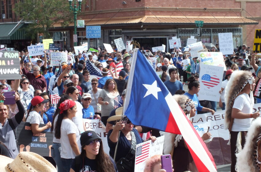 Story in Many Pics: Groups March to International Bridge to Protest Immigration Policies