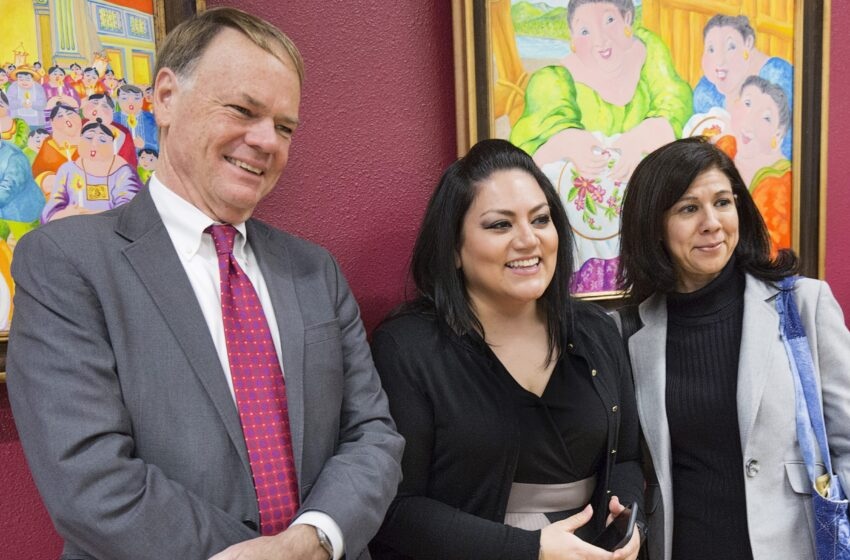 EPCC Hosts Texas State Librarian at Jenna Welch and Laura Bush Community Library