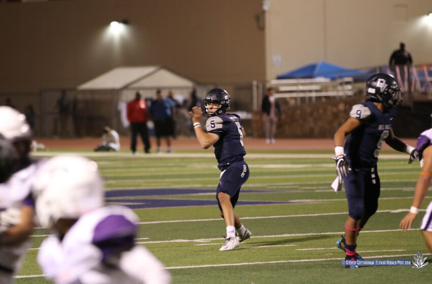 Story in Many Pics: Last Second Heroics Lift Del Valle over Eastlake 25-21