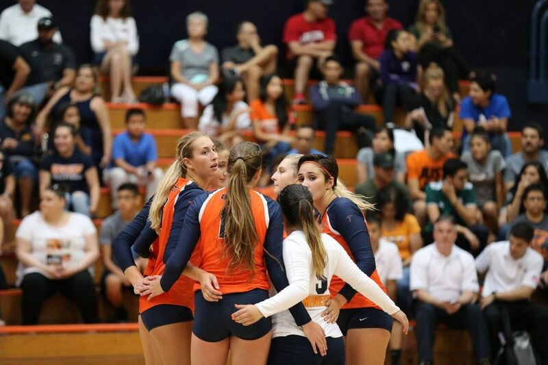 UTEP Volleyball Sweeps Exhibition Match