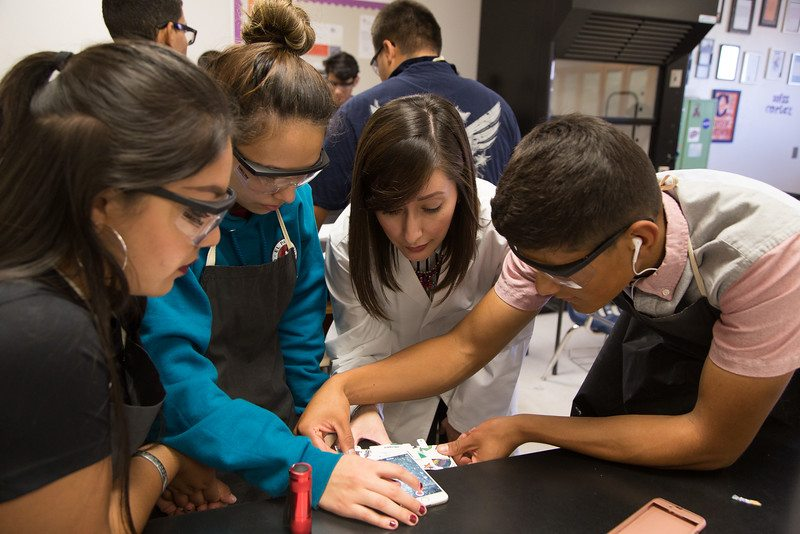 El Dorado High Students First to use Newly-Invented Paper Microscope