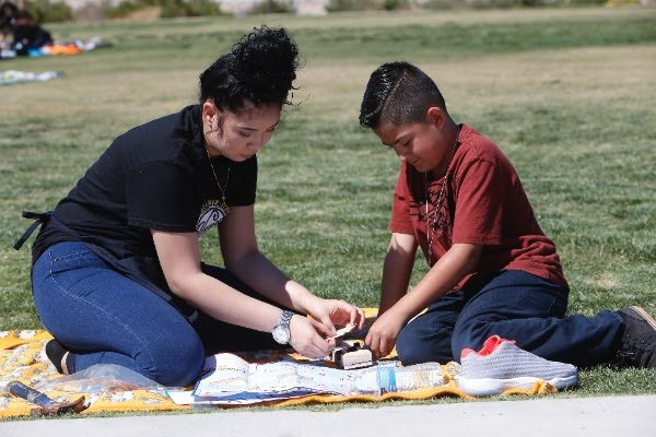 Pen Pals: Andress, Tom Lea Students meet after Months of Correspondence