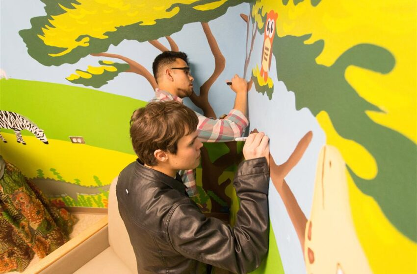 El Dorado High Art Students Brighten Hospital Room for Newborns