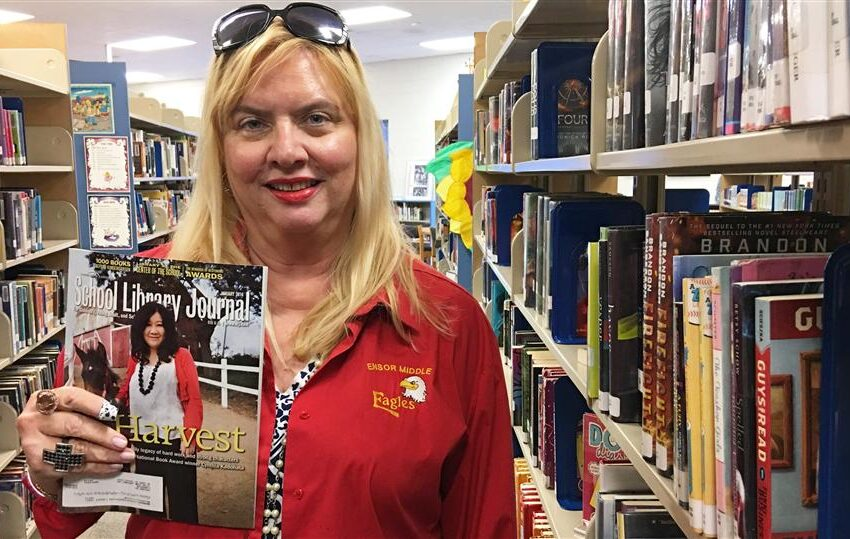 Socorro ISD Librarian Selected to Review National Magazine