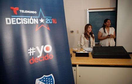 Marketing Students at UTEP Pitch Power of Voting to Telemundo