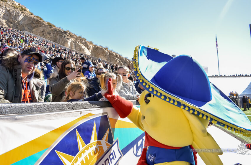 Gallery+Story: Fans and Traditions Keep Hyundai Sun Bowl Fresh, Fun