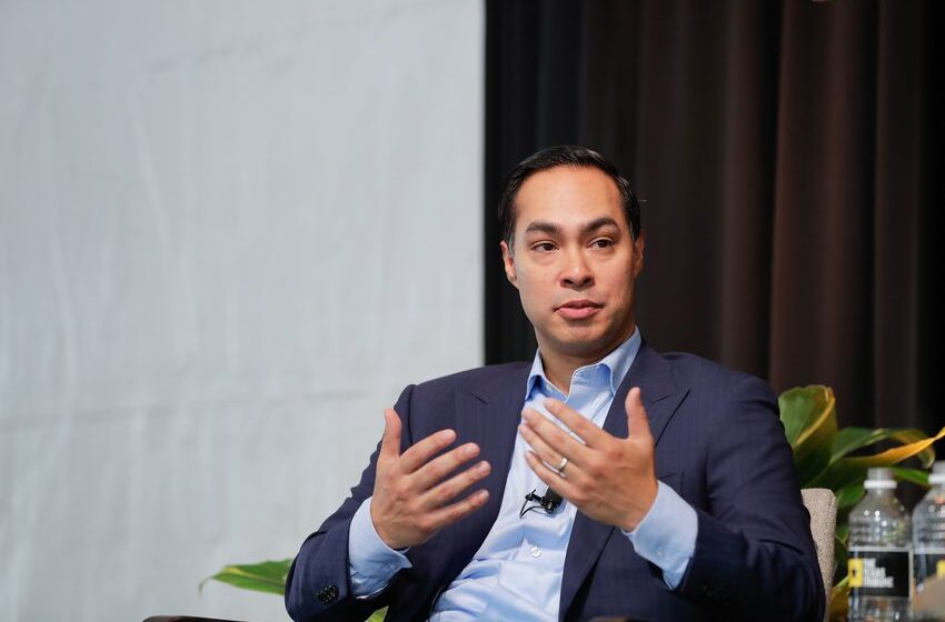 Julián Castro Forms Presidential Exploratory Committee, sets January 12 Announcement