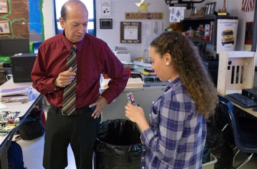 Socorro ISD Expands Dual Credit Program Through Teacher Scholarships