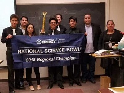 Valle Verde ECHS Science Bowl Team Wins, Headed to DC In April