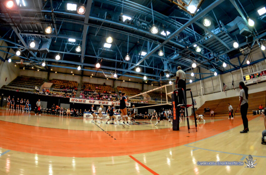 Gallery+Story: UTEP Volleyball Falls In Three To UTSA