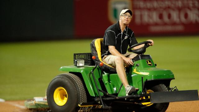 Andy Beggs Named Groundskeeper of the Year