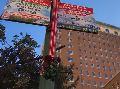Video+Story: Downtown Mistletoe Returns with Chances to Win Holiday Prizes
