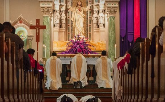 Diocese of El Paso opens to Phase 3 in Protocols for Church Gatherings