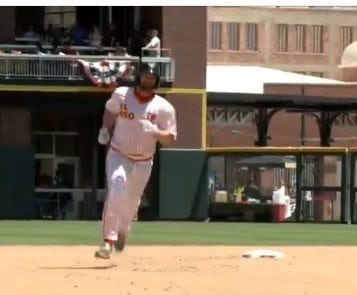 Video+Story: Eighth Inning Homer Lifts Chihuahuas over Bees 4-3
