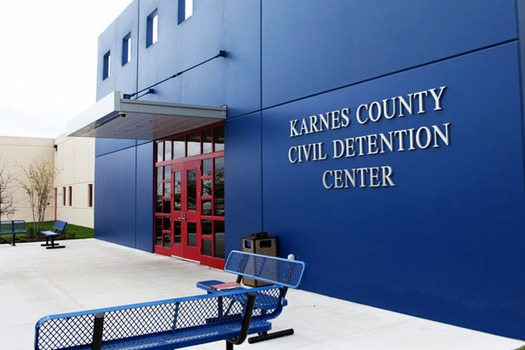 Groups Oppose Bills to License ICE Detention Centers for Child Care