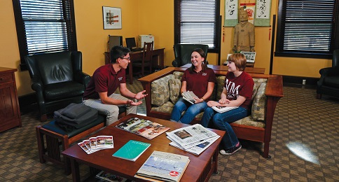 NMSU Master's Accelerated Degree Program Allows Students to Take Graduate Courses while Pursuing Undergrad Degree