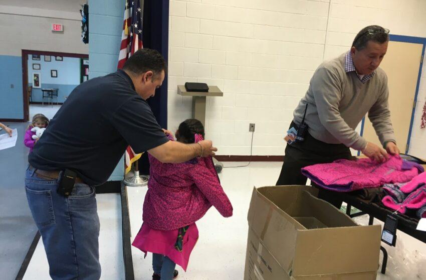 El Paso County Sheriffs, Knights of Columbus #12160 donate coats to Canutillo ISD students