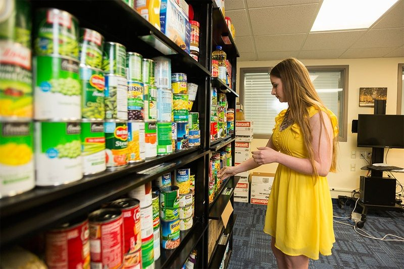 As College Costs Rise, Texas Schools Open Food Pantries for Students