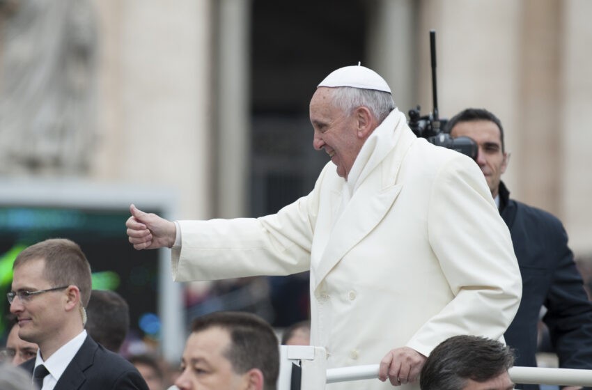 Survey: Latino Voters Agree with Pope on Climate