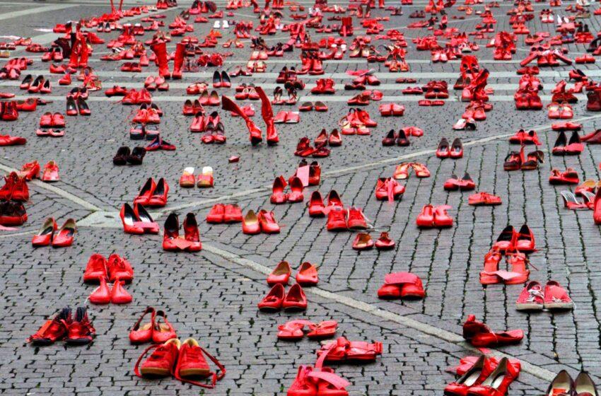 El Paso Museum of Art Announces One Day Exhibit for Saturday: Zapatos Rojos