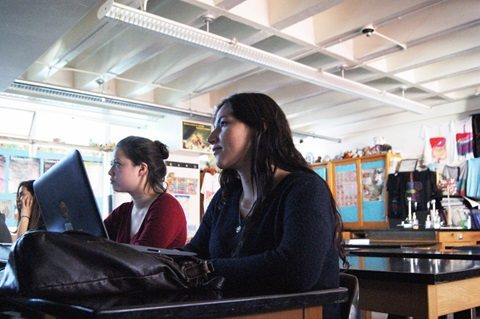 Moving Beyond Textbooks: Using New Tools to help Revolutionize the Educational World